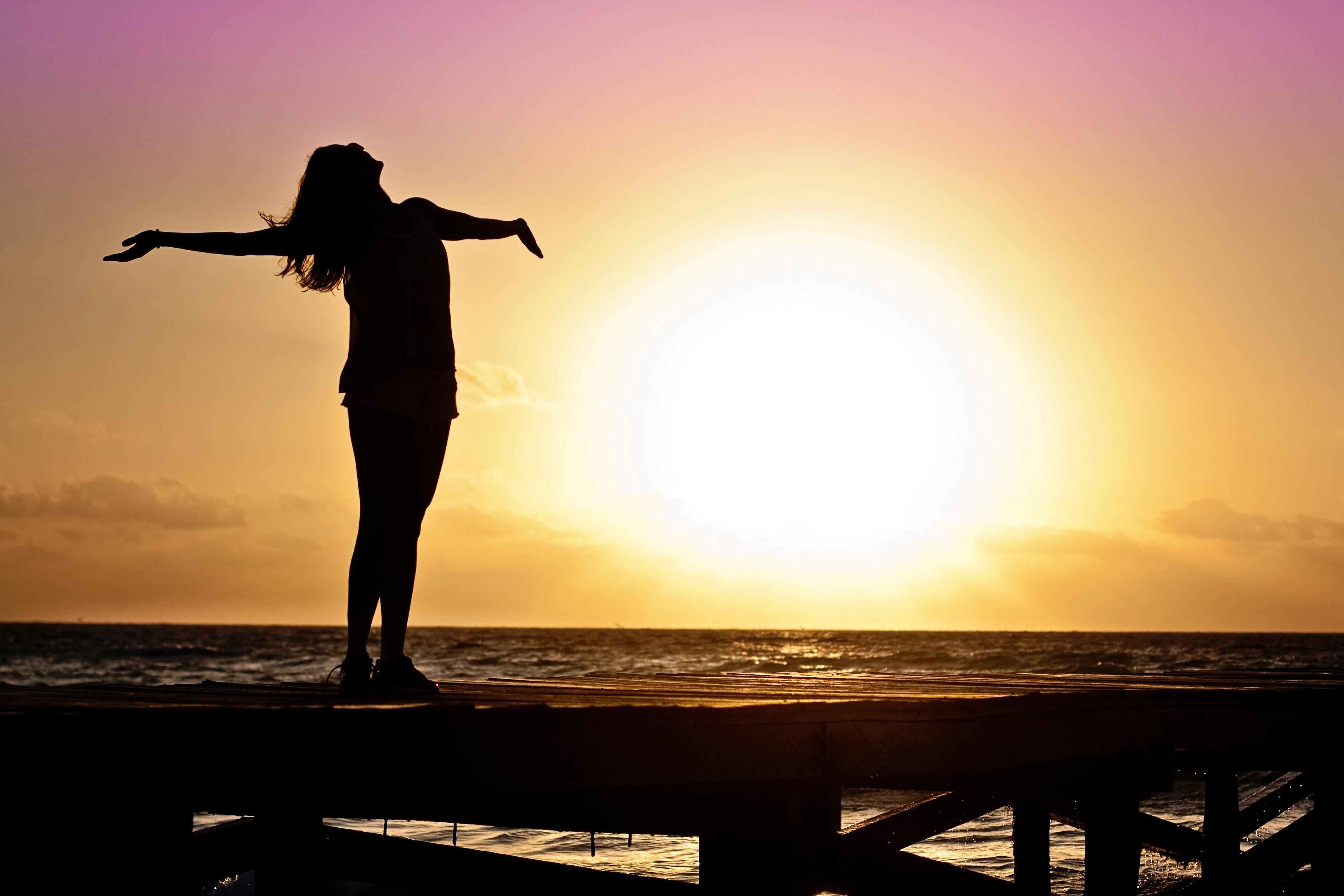 الإندروفين..هرمون الراحة والسعادة، متى تفرزه أجسامنا؟