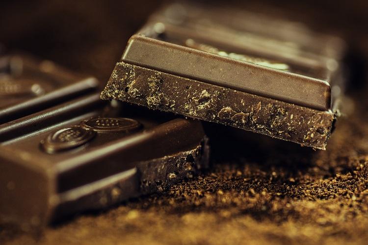 10 أسباب صحية مقنعة للشوكولاته تجعلك تأكل المزيد منها!