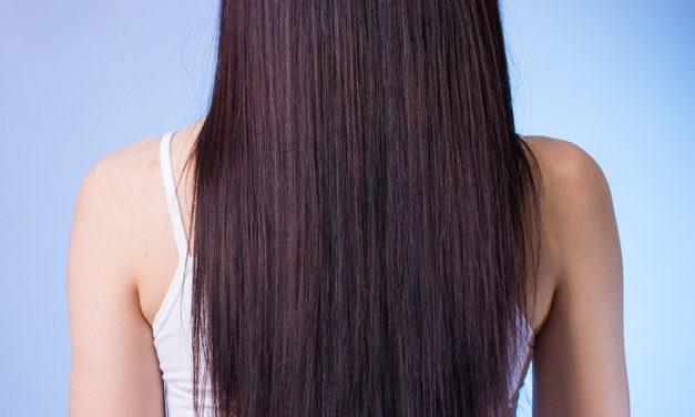 7 وصفات طبيعية لإطالة الشعر