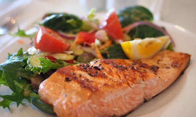 الحمية منخفضة الكربوهيدرات والأطعمة الأفضل لحياة صحية