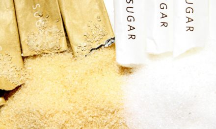الفرق بين السكر الأبيض والسكر البني