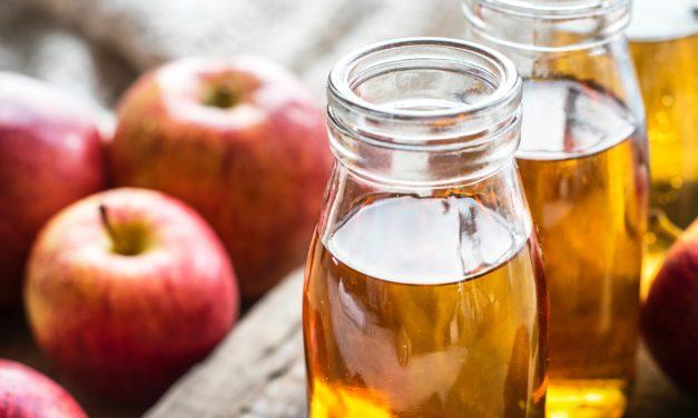 هل يمكن أن يساعد خل التفاح في تنزيل الوزن؟