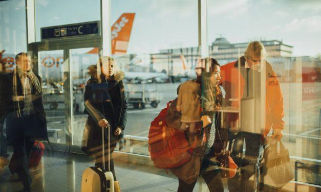 18 عادة محظورة تجنبها عند السفر لهذه الدول!
