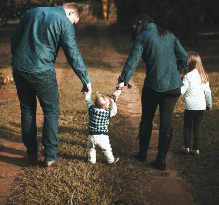 نصائح في التربية تهم الآباء والأمهات